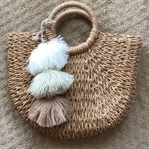 Lulus woven purse with tassels
